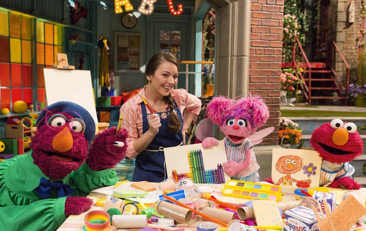 Online Petition Calls For New Latina Sesame Street
