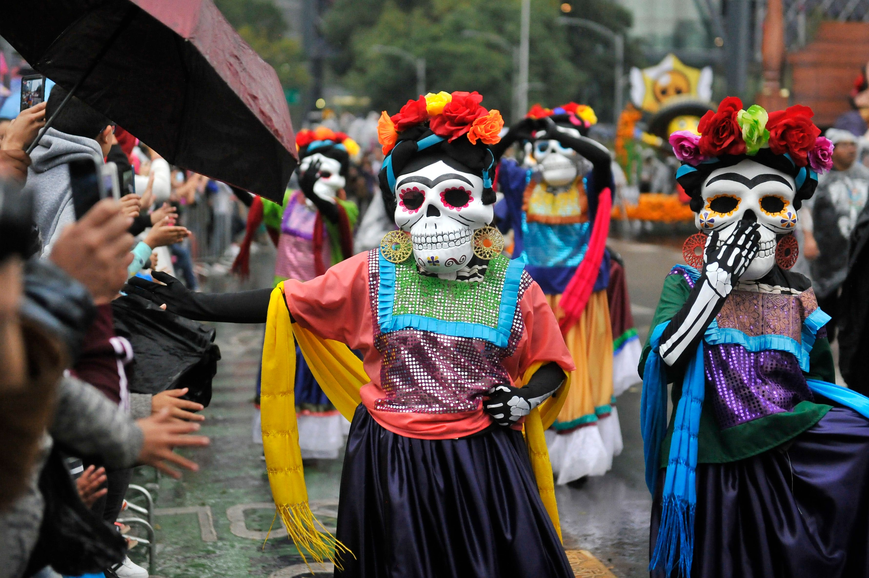 Day Of The Dead From Aztec Goddess Worship To Modern Mexican Celebration Latino Usa